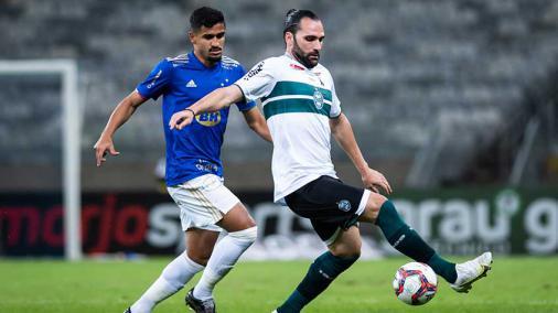 Defesa sólida, equilíbrio e Gamalho iluminado: os pontos fortes do líder Coritiba para enfrentar o Botafogo