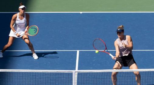 Luisa Stefani e Carol Meligeni sobem e têm melhores rankings