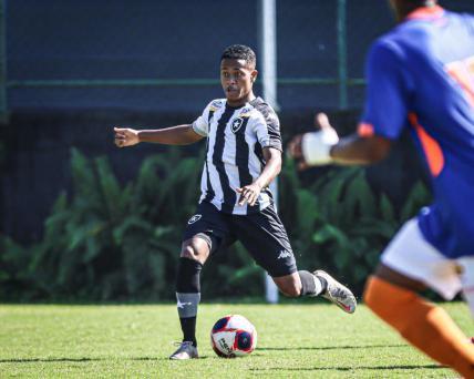 Ryan celebra gol pelo Botafogo contra São Paulo e traça expectativas para a reta final do Brasileiro Sub-20