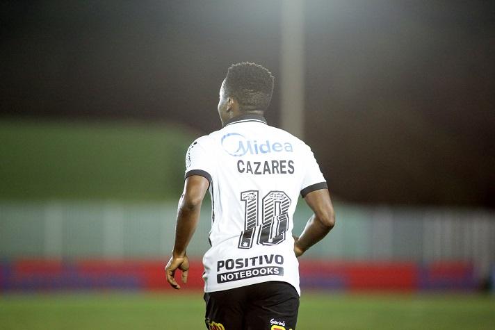 """""""Admiração ainda maior"""", se declara Cazares ao se despedir do Corinthians"""